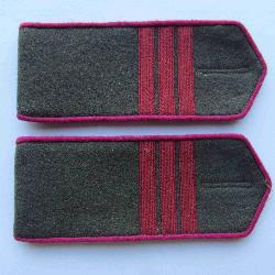 Field soviet shoulder boards for red army infantry sergeant, Type 1943